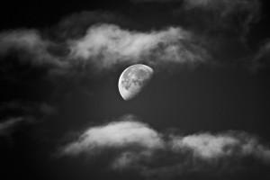 moon-970542_960_720